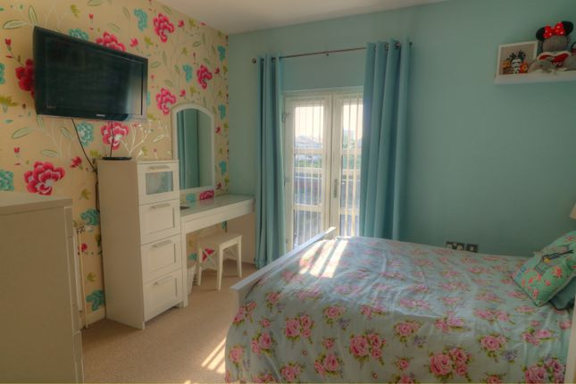 Bedroom of Lornes Close, Southend-On-Sea SS2