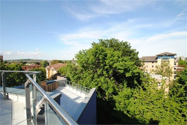 3 bed flat for sale in Rossetti Aparments, 4 Saffron Central Square, Croydon