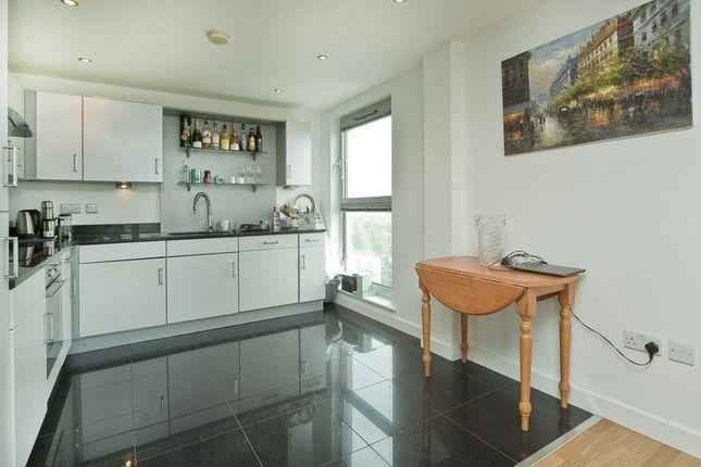 Thumbnail Flat to rent in Balmes Road, London