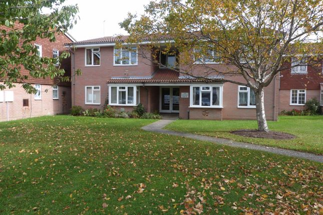 Flat for sale in Manor Road, Selsey, Chichester