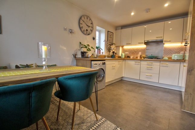 Kitchen/Diner of Drovers Close, Balsall Common, Coventry CV7