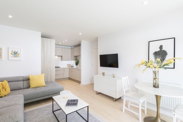 1 bedroom triplex for sale in Plot 34, Woodford Road, Watford, Hertfordshire