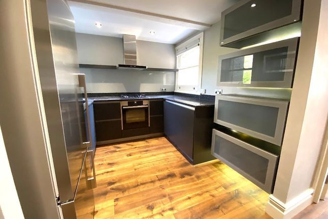 Thumbnail Flat to rent in The Drive, Hove, East Sussex