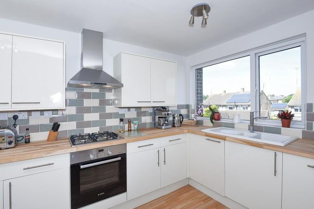 3 bed flat for sale in Lowell Place, Witney