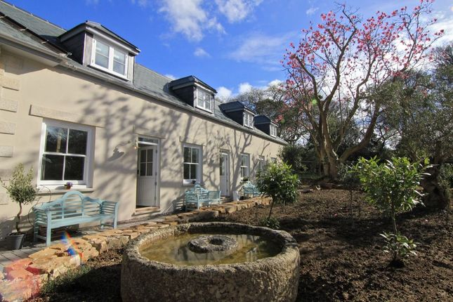 Thumbnail Property for sale in Holman Avenue, Camborne
