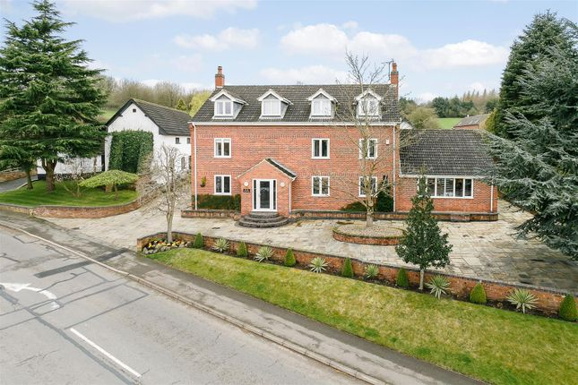 Thumbnail Farmhouse for sale in Station Hill, Swannington, Coalville