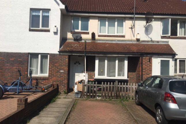Thumbnail Property for sale in Giralda Close, London