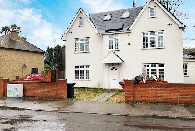 Room to rent in Egham, Surrey