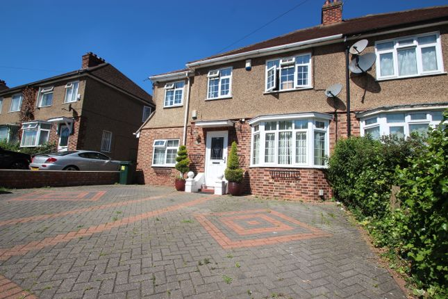 Thumbnail Detached house to rent in Chairborough Road, High Wycombe