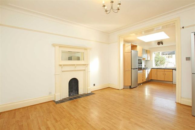 Thumbnail Semi-detached house to rent in Glencairn Road, Streatham Common
