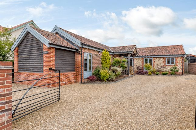 Thumbnail Barn conversion for sale in Mill Street, Buxton, Norwich