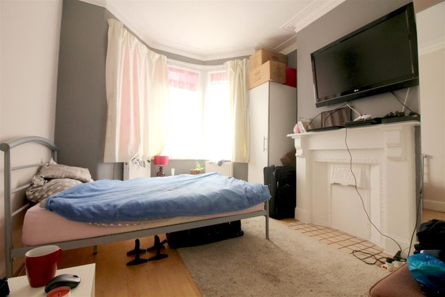 Bedroom of Ellenborough Road, London N22