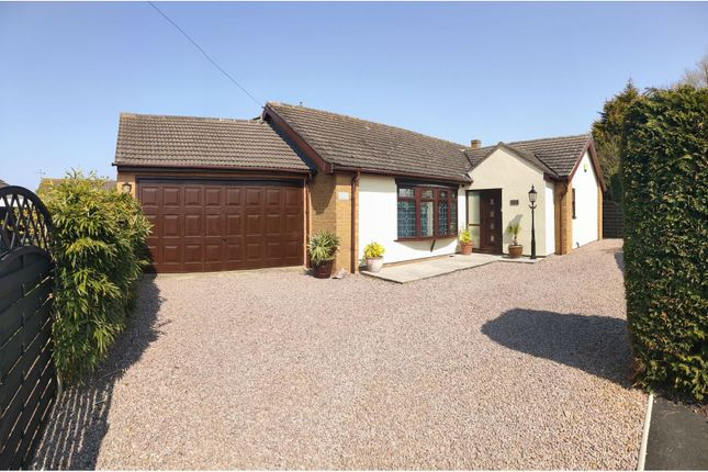 6 bed detached bungalow for sale in Fir Close, King's Lynn PE31