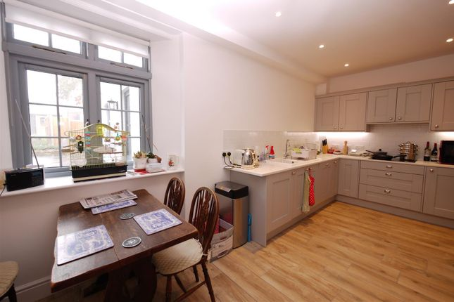 Thumbnail Property to rent in Lavant Street, Petersfield