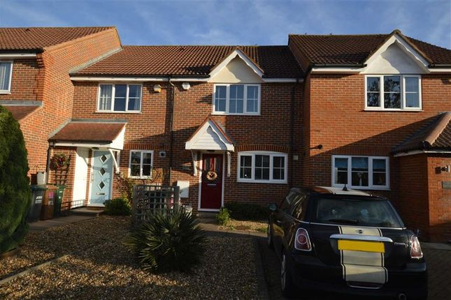 Thumbnail Terraced house to rent in Williamson Way, Rickmansworth, Hertfordshire