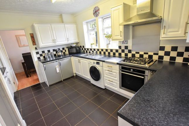 Kitchen of Newton Road, Bletchley, Milton Keynes MK3