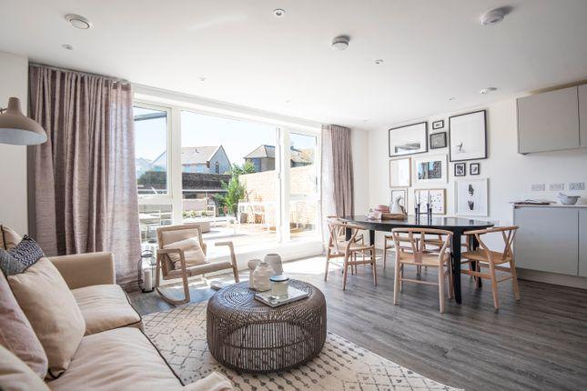 Thumbnail Flat for sale in Ropetackle, Shoreham-By-Sea