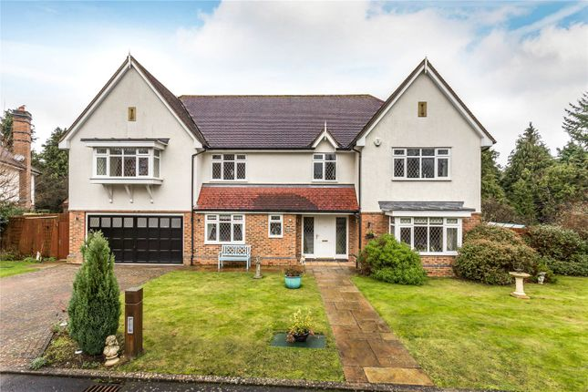 Thumbnail Detached house for sale in Welcomes Road, Kenley