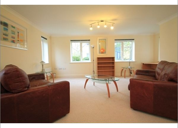 Thumbnail Flat to rent in Frenchay Road, Oxford