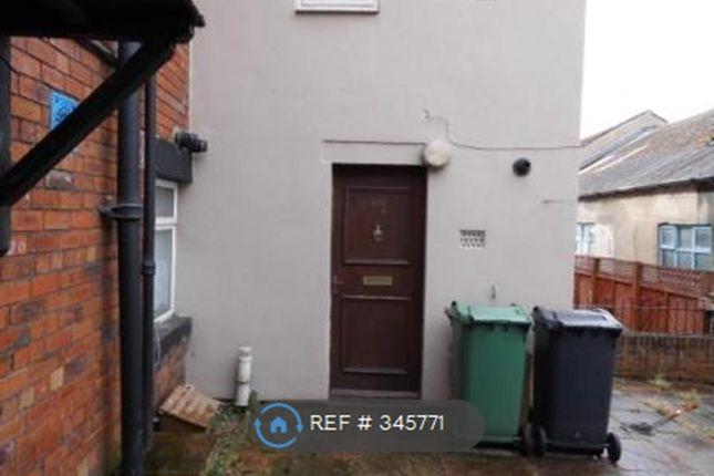 Thumbnail Flat to rent in Bradford Road, Batley