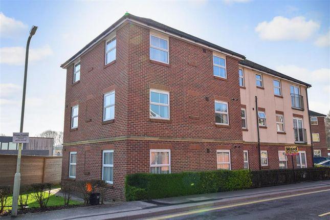 Thumbnail Flat for sale in Hurst Road, Kennington, Ashford, Kent