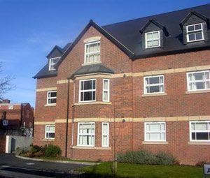 Thumbnail Flat to rent in Eversley Park, Chester