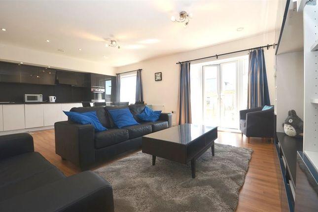 Thumbnail Flat to rent in Clovelly Court, Winter Green Boulevard