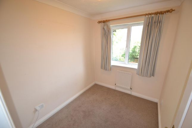 Bedroom of Danesfield Close, Walton-On-Thames KT12