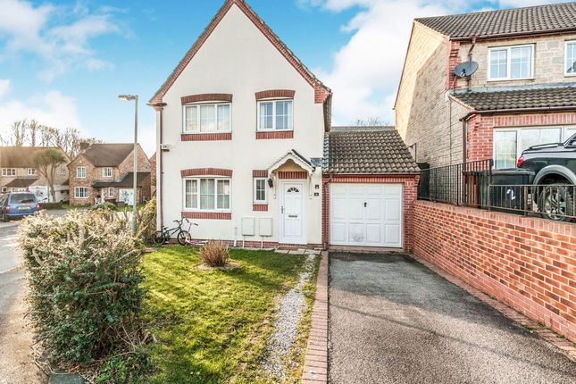 Thumbnail Detached house for sale in Canterbury Close, Ivybridge