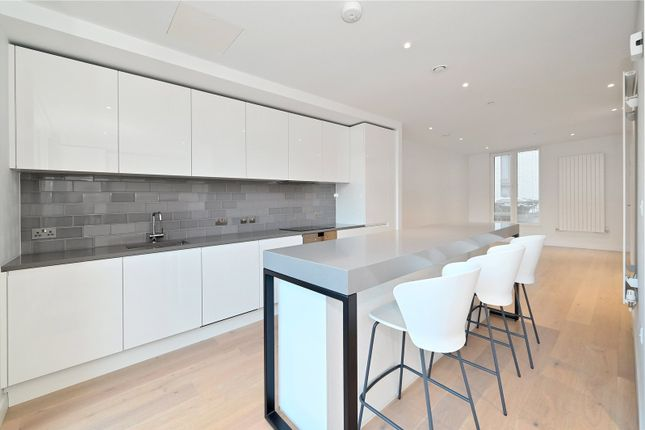 Thumbnail Terraced house to rent in Admiralty Avenue, London
