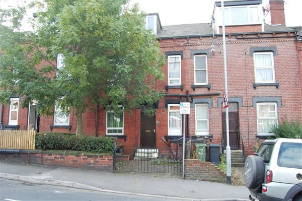 Thumbnail Terraced house to rent in Bayswater Road, Leeds