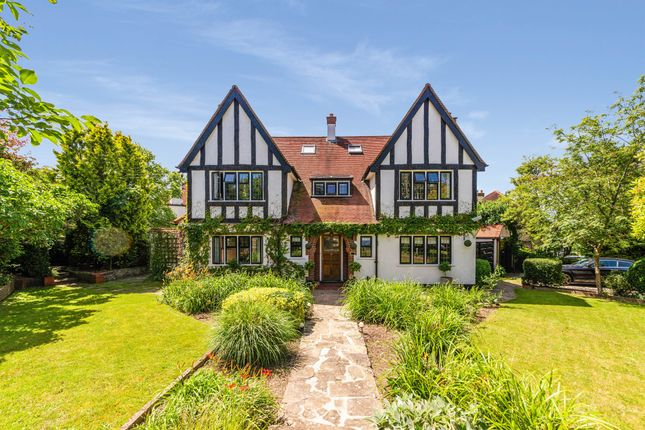 Thumbnail Detached house for sale in Hurst Way, South Croydon
