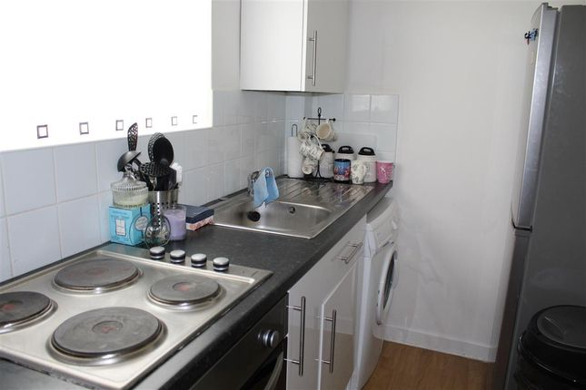 Thumbnail Flat to rent in Victoria Road, Southampton