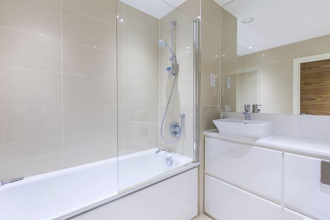 Bathroom of Norman Road, London SE10