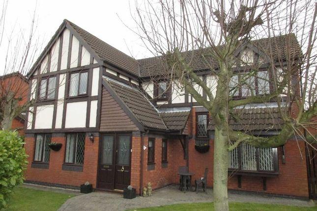 Thumbnail Detached house for sale in Banbury Close, Leigh, Lancashire