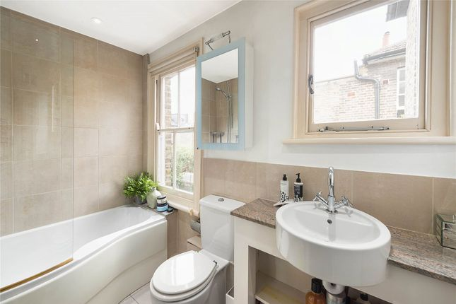 Bathroom of Henning Street, London SW11