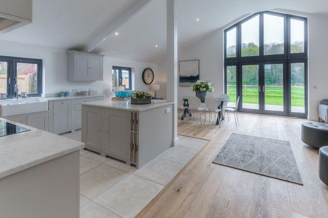 Kitchen of Tortington Lane Farm, Tortington Lane, Arundel BN18