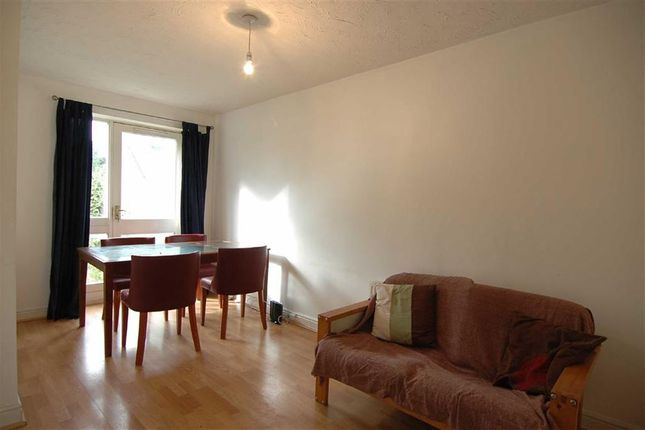 Thumbnail Town house to rent in Grimsby Grove, Galleons Reach, London