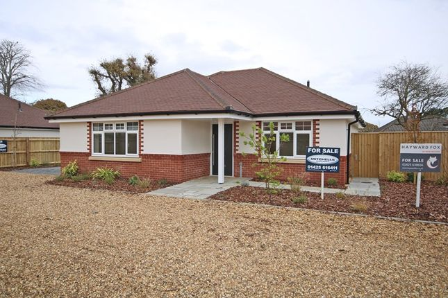 Thumbnail Bungalow for sale in Uplands Avenue, Barton On Sea, New Milton, Hampshire