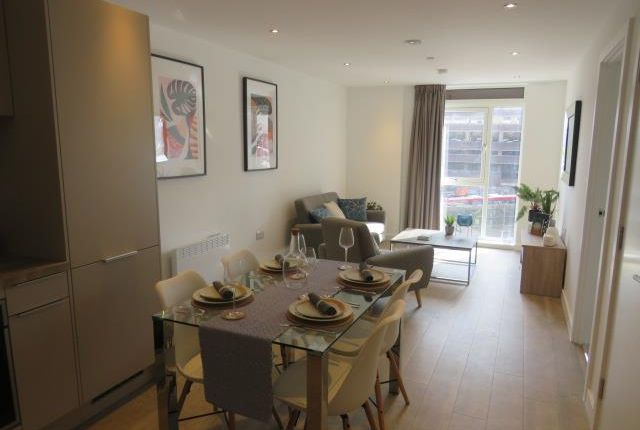 Thumbnail Flat to rent in The Priory Queensway, Birmingham