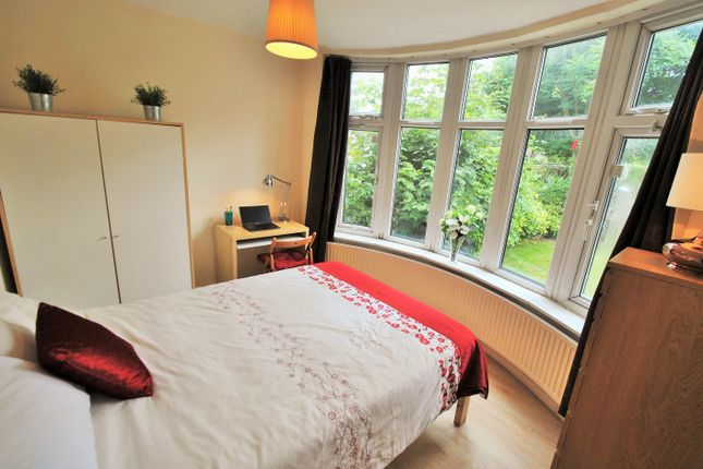 Thumbnail Semi-detached house to rent in Parrs Wood Road, Didsbury, Manchester