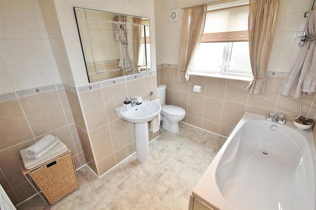 Family Bathroom of Millcroft, Brayton, Selby YO8