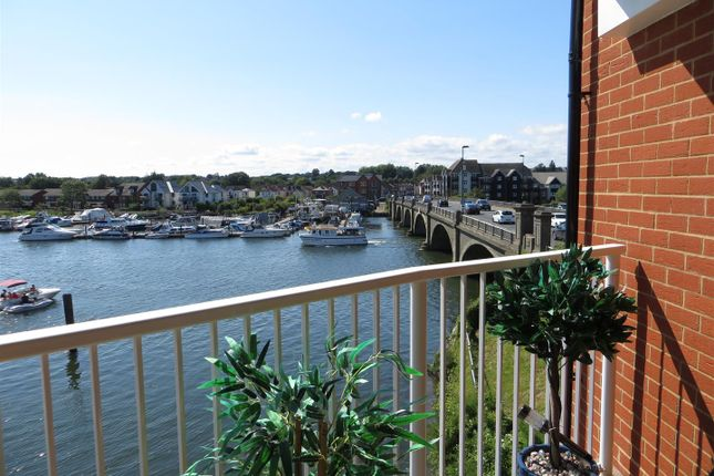 Thumbnail Flat for sale in The Boat House 100 Riverdene Place, Bitterne Park, Southampton