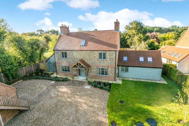 Thumbnail Country house for sale in Nuffield, Henley-On-Thames