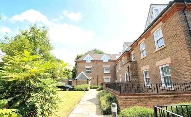 Thumbnail Flat for sale in Cranbrook Court, 35 Croham Road, South Croydon