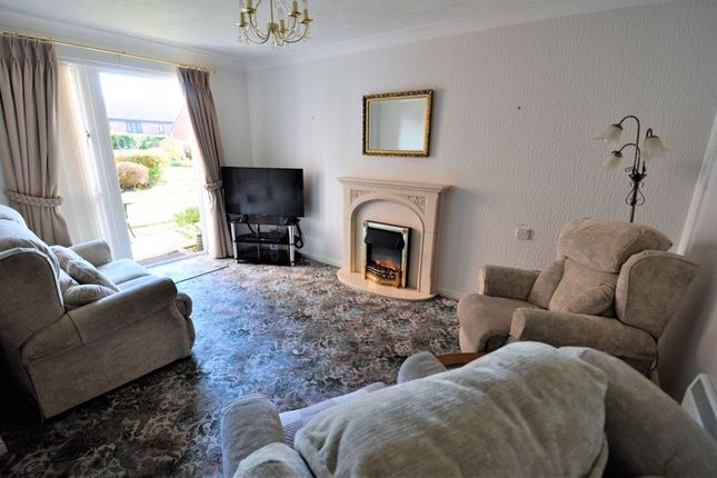 Lounge Area of Lovell Court, Parkway, Holmes Chapel CW4