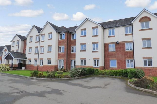 Thumbnail Flat for sale in D`Arcy Court, Newton Abbot