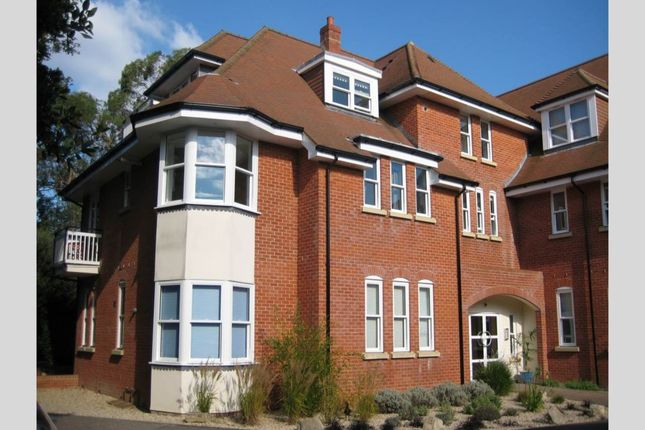Thumbnail Flat to rent in Milner Road, Westbourne, Bournemouth