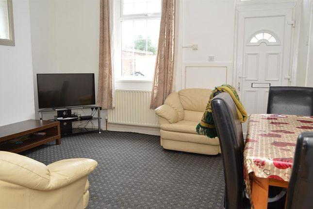 Lounge of Kent Street, Hathershaw, Oldham OL8