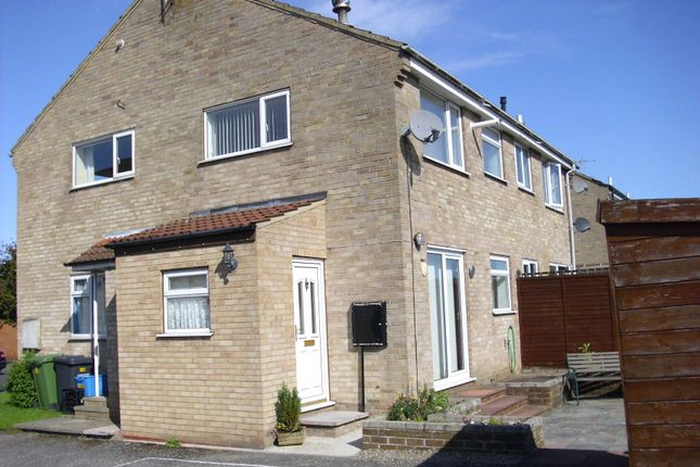 Thumbnail Flat to rent in Valley Road, Northallerton